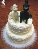 Esküvői torta (cicákkal)